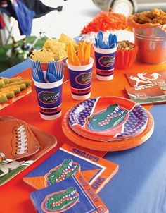 Are you a Gators fan? Get all your supplies for every Gators game this football season from My Paper Shop! #floridagators #florida #gators #gatorsfootball #football #footballseason #footballparty #footballpartysupplies #partysupplies #touchdown