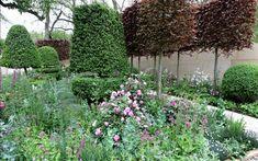 Chelsea Flower Show 2012  Arne Maynard's Laurent-Perrier Bicentenary Garden  Picture: MARTIN POPE