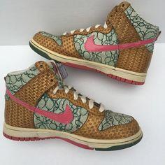 brand new aacd9 48b8e Nike Dunk Nori Desert Bloom Sneakers 6 12