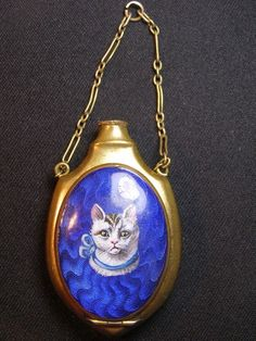 ANTIQUE BRASS CAT ENAMEL SCENT PERFUME BOTTLE COMPACT FOR CHATELAINE