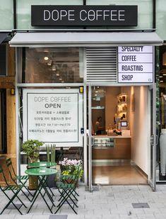 Home Decorators Collection Flooring Code: 3530980921 Cofee Shop, Coffee Shop Bar, Coffee Store, Bakery Interior, Restaurant Interior Design, Modern Restaurant, Mini Cafe, Cafe Shop Design, Small Cafe