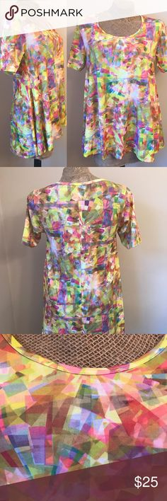 *Lularoe* Perfect T Unique Fun Confetti print. Size XS. Gently used. Offers considered. LuLaRoe Tops