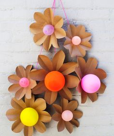 Balloon Flowers | Looking to tear your kids away from the TV? Entertain them with these fun DIY ideas, excerpted from the new craft book, Paper Goods Projects.