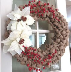 DIY-Christmas-Wreath-Ideas-Burlap-and-Faux-Berries-Click-Pick-for-24-DIY-Christmas-Decor-Ideas