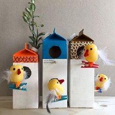 """ВЕСЕННИЕ ПОДЕЛКИ Птички и скворечники из """"киндеров"""" и молочных пакетов. #раннееразвитие #ranneerazvitie #букет #поделка #дождик #дождь #облако #аппликация #идеидлятворчества #поделки #чемзанятьребенка #чемразвлечьребенка #мама #малыш #ребенок #птички #скворечники"""