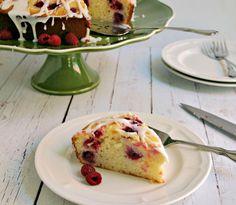 Sin limón, con vainilla y glacé de limón. Raspberry Ricotta Cake | Life, Love, and Good Food