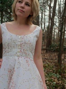 Cute walk-through of an adorable dress construction made from old sheets! Appropriately enough, inspired by The Sound of Music. Now I really want a dress in this style...