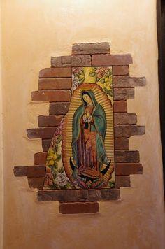 Virgen de Guadalupe, imagen en la pared de una casa