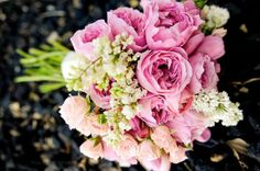 Pretty pink bouquet by Birdie. Photo by Holli B Photography. #wedding #bouquet #pink