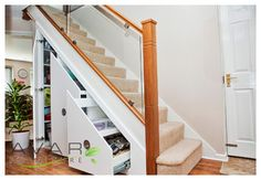Under Stairs Storage in London - contemporary - Clothes And Shoes Organizers - London - Bespoke Fitted Furniture London | Avar Furniture