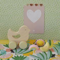 jouet oiseau Birdie Briki vroom vroom  - deco-graphic.com