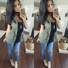 WEBSTA @ itsmsmonica - minimal makeup is my fav #mommyvibes ✌simple #outfitTee @shopdressygirl Vest @agaci_storeJeans @ikrushcom Booties @lolashoetiquedolls