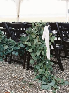 Eucalyptus garland: http://www.stylemepretty.com/2015/06/09/elegant-lowndes-grove-plantation-wedding-3/ | Photography: Virgil Bunao - http://virgilbunao.com/