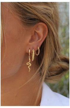 Pearl Ear Cuff, Pearl Cuff Earring, Ear Cuff no piercing, Pearl Earrings, Conch Hoop - Custom Jewelry Ideas Innenohr Piercing, Cute Ear Piercings, Double Piercing, Double Cartilage, Belly Button Piercing, Ear Piercings Conch, Helix Piercing Jewelry, Multiple Ear Piercings, Helix Earrings