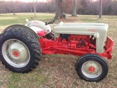 1000 Images About Tractors I Want On The Farm On Pinterest Tractors John Deere And Old Tractors