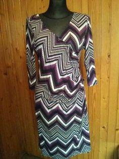 25 zł: Sukienka w drobną mozaikę, rozmiar 44 XXL/ UK 16. Zakładana kopertowo, z…