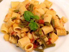 Un piatto di pasta con i fagiolini