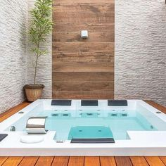 Spa Interior, Piscina Interior, Jacuzzi Outdoor, Outdoor Spa, Jacuzzi Room, Hot Tub Room, Rooftop Design, Hot Tub Backyard, Water House