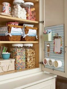 One great way to organize your kitchen pantry is to use baskets and other containers to keep supplies neat and tidy. Baskets are great for cereal bars and other foods and you can use clear containers to keep cereal, pasta and even cookies where you can always find them easily + use door interiors - 60+ Innovative Kitchen Organization and Storage DIY Projects