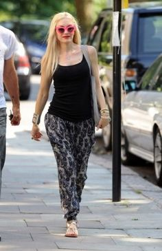 5747ec22c Gwen Stefani wearing Pamela Love Cross Cuff and Quay Eyeware Kitty  Sunglasses in Pink. Hampstead