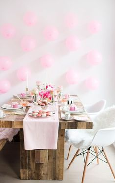 5 Decorating Mistakes That Make Your Home Look Cluttered * * * Before getting to this design lesson – I have something fun, fabulous and FREE Valentines Day Food, Valentine's Day Quotes, Living Room Color Schemes, Living Room Designs, Outdoor Shower Fixtures, Farmhouse Side Table, Think Food, Decorating On A Budget, Room Colors