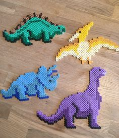 Pearl dinosaurs - It is so nice to sit and make pearls and create your own creations. It has turned into 4 past fight - Easy Perler Bead Patterns, Melty Bead Patterns, Perler Bead Templates, Diy Perler Beads, Beading Patterns, Perler Bead Mario, Hama Beads Design, Peler Beads, Iron Beads