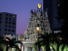 5 Noteworthy Temples in Singapore http://thingstodo.viator.com/singapore/five-noteworthy-temples/