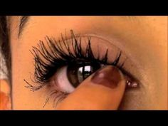 How to make your eyelashes look long and thick!