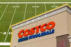 Shopping at Costco can help you buy in bulk and save on Super Bowl staples. Costco Appetizers, Parchment Paper Baking, Cooking For A Crowd, Cut Out Shapes, Party Shop, Clean Eating Snacks, Shopping, Fan