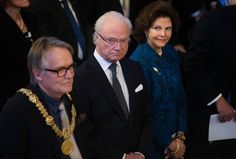 King Carl Gustaf and Queen Silvia where in Lund to take part of Lund University's anniversary celebration. The university celebrates its 350th anniversary and the celebration will be highligh…