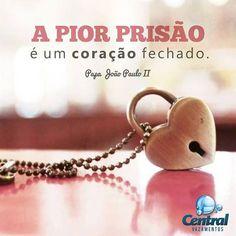 """""""A pior prisão é um coração fechado."""" Papa João PauloII Boa noite! Tags: #CentralVazamentos #Sustentabilidade #MeioAmbiente #UsoConscienteDaÁgua #FaçaSuaParte #EconomizeÁgua #MenosÉMais #Quotes #Frases #reflexão #pensamentos #Reflexões #coração #papa #papajoaopauloii by centralvazamentos http://ift.tt/1TX5VhJ"""