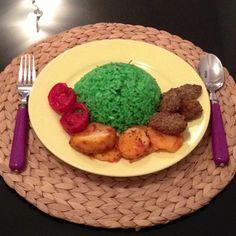 Green rice. Good :)