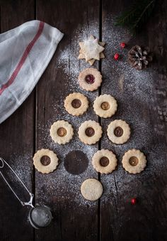 Hazelnut Cookies - BakeNoir.com  #recipe