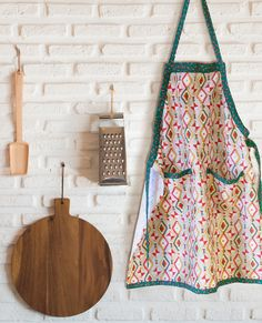 Baking in our Santa Fe Collection apron brings good cheer for the upcoming Holiday Season. Find this @fabric.com  #bespringscreative #baxtermillarchive #santafecollection #holiday #gift #christmas #diy #makersgonnamake #sew #sewing #sewersofinstagram #instasew #crafts #crafters #fabricstack
