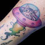 Tattoos, Tattoo Man, Realist Tattoos, Vibrant Hair Colors, Tatuajes, Tattoo, Japanese Tattoos, Tattoo Illustration, A Tattoo