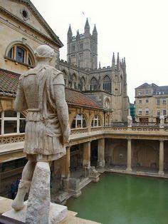 Los antiguos baños romanos de Aquae Sulis en Bath, Inglaterra.