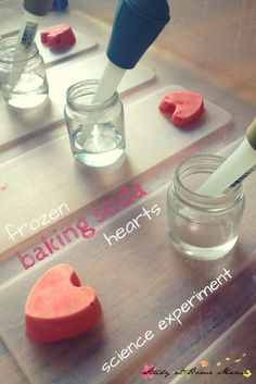 Frozen Baking Soda Hearts Science Experiment - a fun twist on the classic baking soda and vinegar experiment with this chilly sensory bin