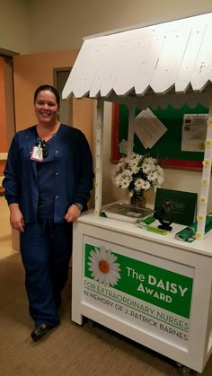 Look at this beautiful DAISY cart made by the very talented husband of Banner Ironwood RN Regina Rodriguez-Esparza. What a great tribute to extraordinary nurses!