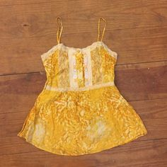Free People Tank Free People tank top size 8 fits like a medium. Hidden side zip, smocked back to accommodate a larger (or smaller!) bust, adjustable straps Free People Tops Tank Tops