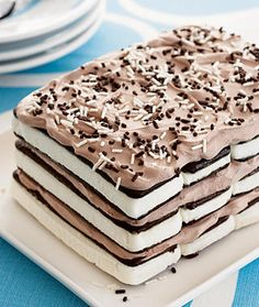 """This would be easy to make. I think I'd cover the whole """"cake"""" with whipped cream though."""