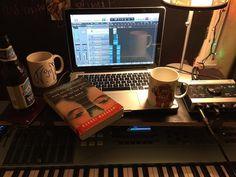 Constant Creation  Music is my 9-5  5-9.   #IndependentRelease #originalmusic #hotvocals #thegoodvoice #logicpro #logicprox #maschinemikro #producer #musicproducer #musician #alternativemusic #indierock #beats #electronicrock #musicproduction #productionlife #musicproducers #studio #studioflow #recording #audioengineer #homestudio #homerecording #follow #like #followme by jem_long https://www.instagram.com/p/BD41YNJR8XK/ #jonnyexistence #music