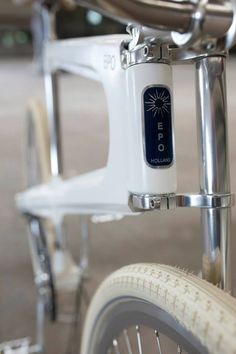 In response to many European bicycle firms that outsource their production to countries like Taiwan and China, Dutch designer Bob Schiller has designed the Epo Bicycle that aims to revive the Dutch tradition of bicycles manufacturing and bring production back to the Netherlands.