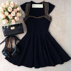 Vestido Clarice C/ BOJO no  Jacquard Premium d/ com Bordado( Preto)