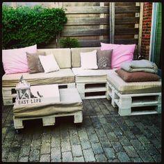 Zelfgemaakte loungebank van Pallets!