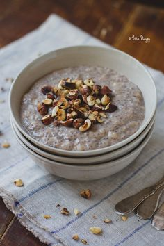 Banana almond hazelnut chia pudding