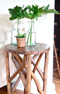 MOSS ECLECTIC: Leafy hostages...I mean guests / / i'm liking this branchy side table