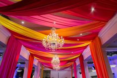 Rehanna and Ali's beautiful destination wedding took place over 4 days with a extravaganza Mehndi Night of Color at the Taj Hotel in the heart of Cape Town