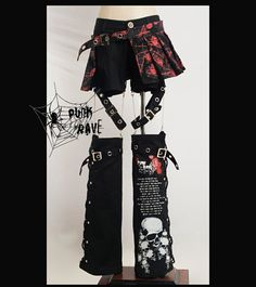An ultimate all in one Gothic Punk and Visual Kei style set which includes shorts, half skirt and legwarmers Mode Harajuku, Harajuku Fashion, Punk Fashion, Fashion Wear, Gothic Fashion, Fashion Outfits, Alternative Outfits, Alternative Mode, Alternative Fashion