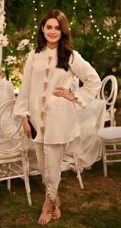 Order contact my whatsapp number 7874133176 Minal khan Pakistani Fashion Party Wear, Indian Fashion Dresses, Indian Designer Outfits, Pakistani Outfits, Indian Outfits, Stylish Dresses For Girls, Stylish Dress Designs, Designs For Dresses, Kurta Designs