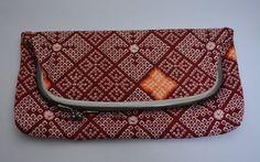 Japanese chirimen silk clutch purse, 1980s vintage Japanese bag